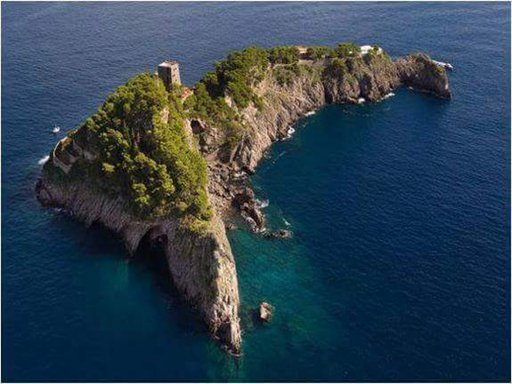 Li Galli island in Amalfi coast