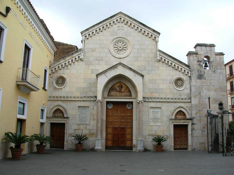 Cattedrale dei Santi Filippo e Giacomo 1 copia e1614519472147 | Lubrense Boats