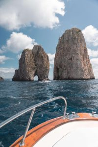 Capri island tour by boat